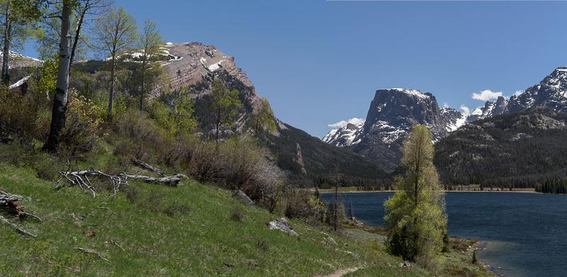 Paddling Green River Lakes below Squaretop in Wyoming